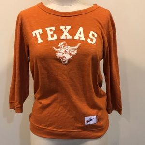 Nike Texas 3/4 sleeve shirt. Size medium.